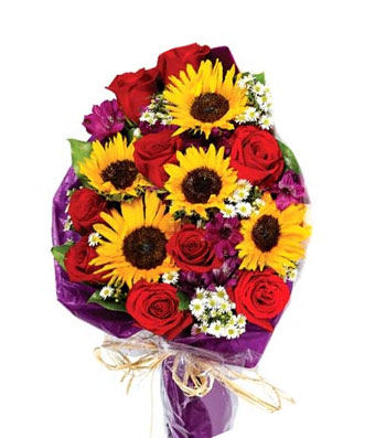 Sendflowersphilippines Com Sunflowers Red Roses And