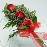 2 Rose Presentation - Red