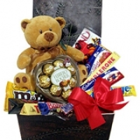 Bear +ferrero +10 items Chocolate